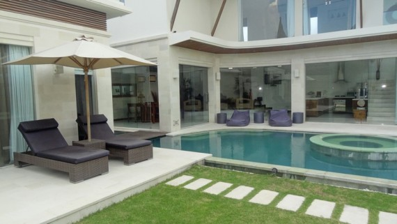 K Villas Seminyak ( Three Bedrooms )